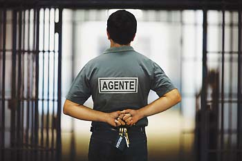 SEAP-BA abre 490 vagas de agente penitenciário!
