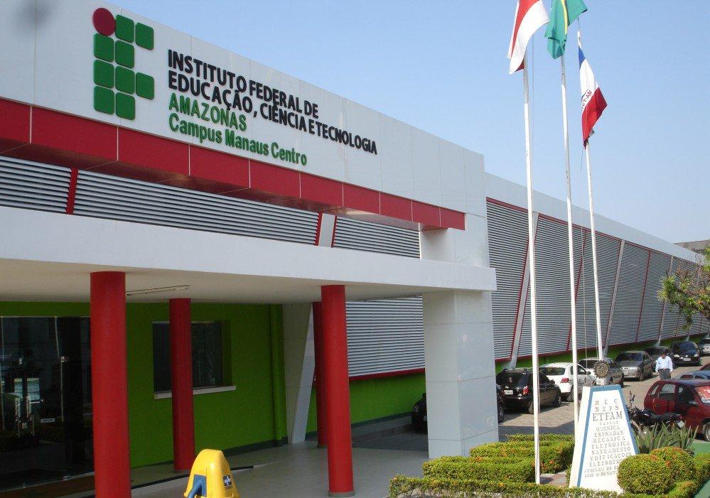 Concurso Instituto Federal do Amazonas 2016 oferece 87 vagas para técnicos-administrativos e professores! Inicial de até R$ 9 mil!