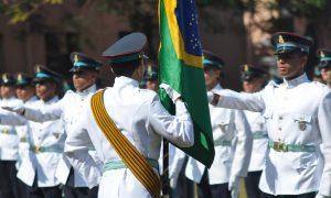 Exército oferta 440 vagas para nível médio. Soldo após formatura é de R$ 6,2 mil!