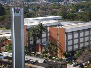 Empresa Brasileira de Serviços Hospitalares (Ebserh) abre concurso Hospital Universitário Hupest-Ufsc! Oferta de 382 vagas e até R$ 8 mil!