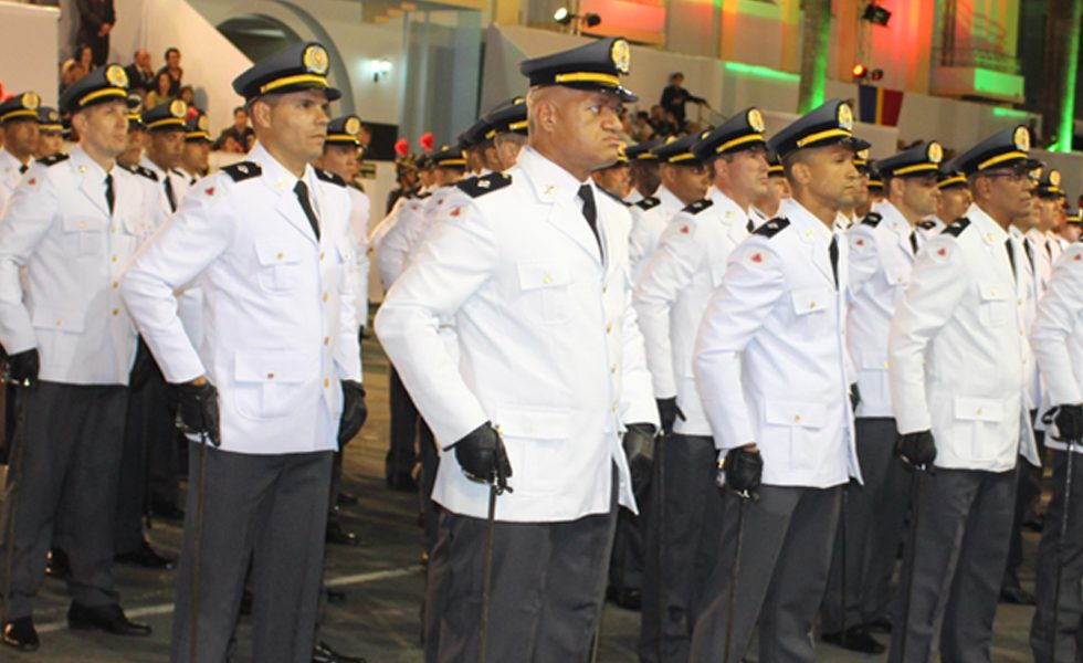 Polícia Militar do Amapá (Concurso PM AP Oficial de Saúde) oferece vagas para posto de soldado! Remuneração de até R$ 9 mil!