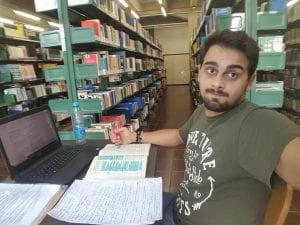 Cheguei Lá: Victor na biblioteca em que estudava para os concursos do TRT SP e do TRT RJ