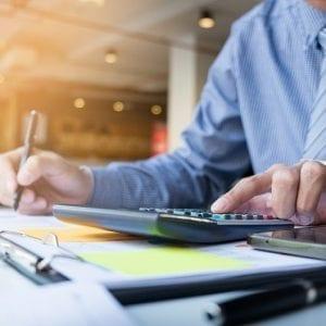 Concurso SEFAZ BA: confira aqui todas as informações da carreira de Auditor Fiscal!