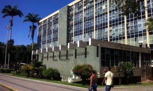 Edital ISS Governador Valadares: 14 vagas para Auditor Fiscal!