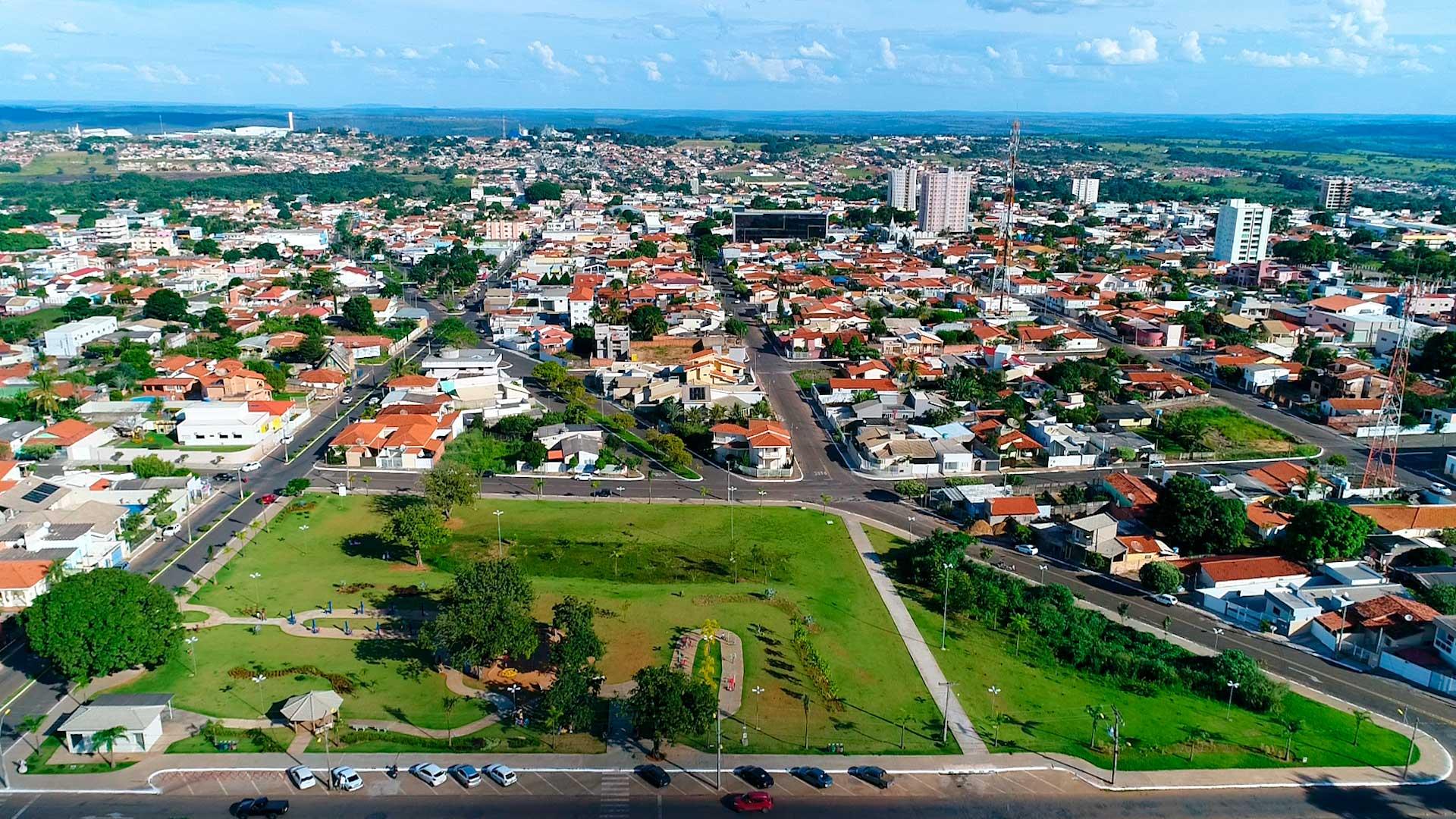 Mineiros Goiás fonte: blog-static.infra.grancursosonline.com.br