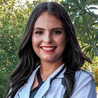 2 anos de luta e amor pela enfermagem: Conheça Aialla Suelem!