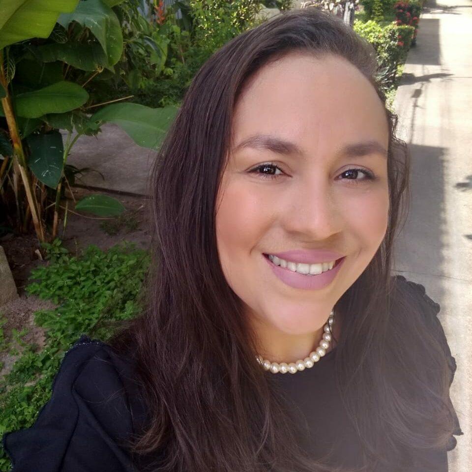 Conciliando estudo e maternidade, Raissa foi aprovada no Exame OAB